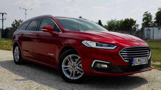 Test: Ford Mondeo kombi 2,0 Hybrid – aj na dlhé trasy