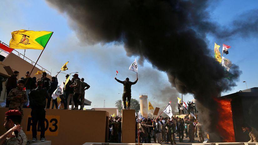 Irak USA veľvyslanectvo demonštranti bagdad