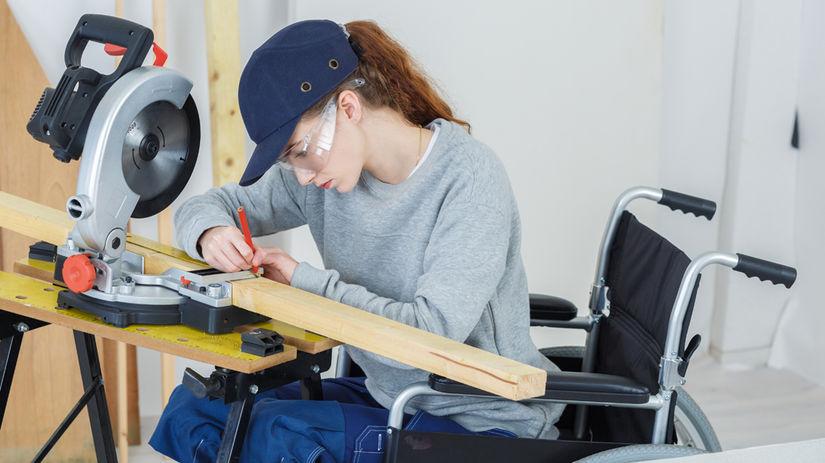 hendikep, žena, práca, invalidný vozík
