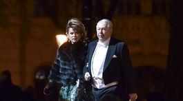 Na snímke Mária Reháková prichádza s manželom, Ladislavom.