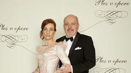 Herec Matej Landl a jeho manželka Jana.