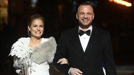 Hokejista Marián Gáborík prichádza s tehotnou manželkou Ivanou Gáborík Surovcovou.