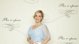 Herečka Monika Hilmerová v šatách od Jany Mrvovej.
