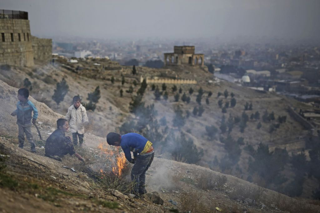 Afganistan, oheň, deti, hrob, Kábul,
