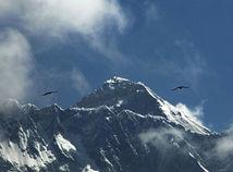 Mount Everest / Nepál / hory /