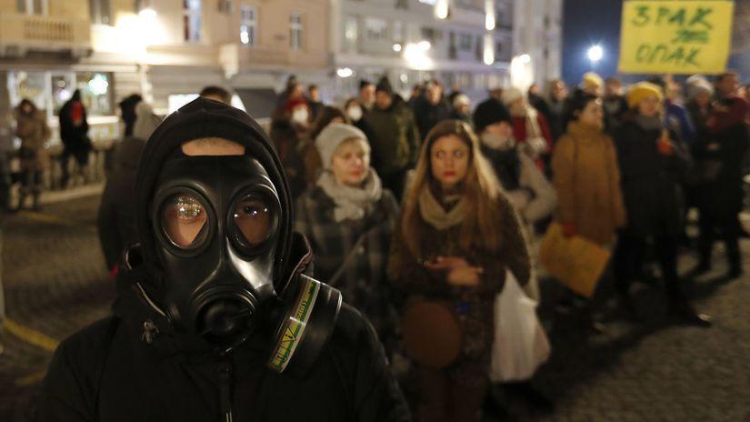 srbsko smog protest znečistenie ovzdušia...