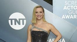 Blondínka Reese Witherspoon bola neprehliadnuteľná v kreácii Celine.