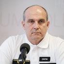 Opozícia chce nového policajného prezidenta