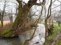 Zničme rieky, aby sme ochránili pýchu