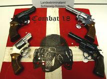 nemecko neonacisti nacizmus fašizmus zbraň krajná pravica Combat 18