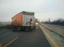 nehoda D1 kamión