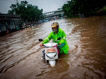 Indonézia / záplavy /