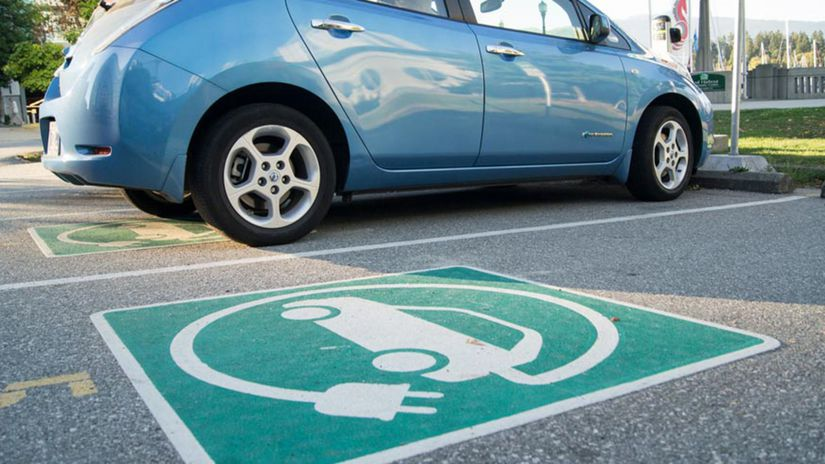 Electric-vehicle-parking-esdnews-com-au