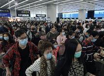 Vírus z Číny zabil ďalších ľudí, približuje sa k Slovensku