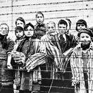 75. výročie oslobodenia Auschwitzu: Prečo vyhladzovacie tábory neoslobodili skôr
