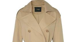 Trenčkotový dámsky kabát Maje. Zlacnený z 375 eur na 150 eur.