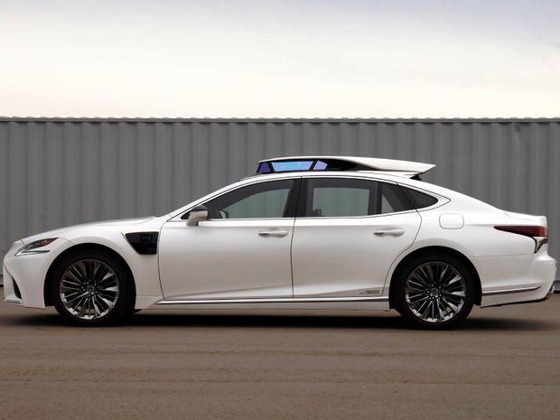 Lexus LS 500h  - Platform 4
