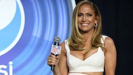 Speváčka Jennifer Lopez odpovedala na otázky novinárov.