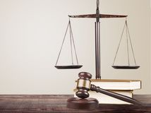 kladivko, knihy, váha, spravodlivosť, súd