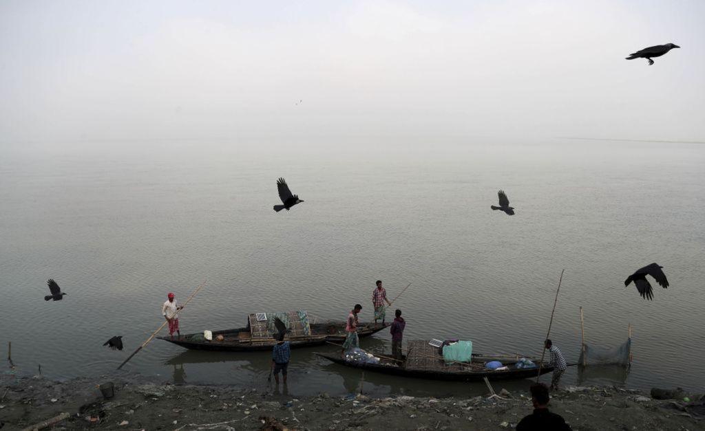 India, rybári, lode, člny, rieka, Brahmaputra