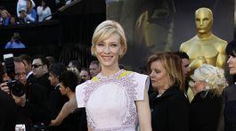 Herečka Cate Blanchett v roku 2011 v kreácii Givenchy Haute Couture.