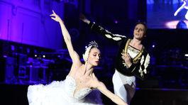 Hostia sa dočkali aj baletného vystúpenia.