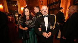 Ivan Bella s partnerkou navštívili Česko-Slovenský ples.
