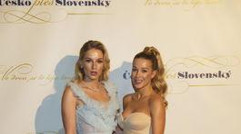 Modelka Karolína Mališová (vľavo) a Hana Drozdová.