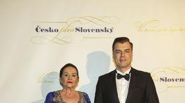 Na Česko-Slovenský ples sa prišla pozrieť aj Hana Gregorová a jej partner Ondřej Koptík.
