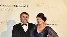 Operná speváčka Pavlína Senič a jej partner.