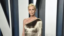 Herečka Charlize Theron v kreácii Christian Dior Haute Couture.
