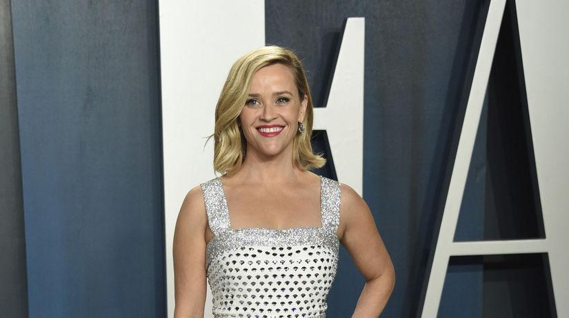 Herečka Reese Witherspoon v kreácii Celine.