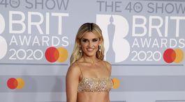 Jeden z odvážnych modelov predviedla Ashley Roberts.