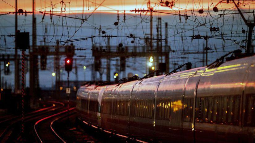 vlak, železnica, Nemecko, Frankfurt