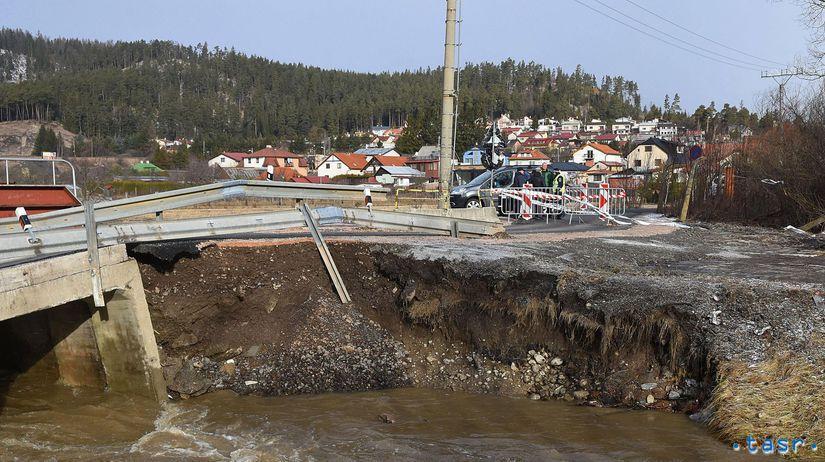SR Svit Počasie Cesta Most Poškodenie POX
