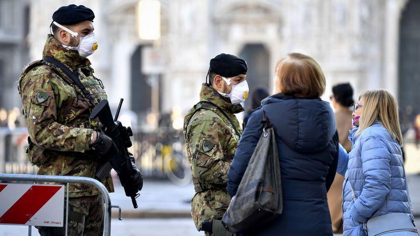 Taliansko / Miláno / vojak / vojaci / rúško /...