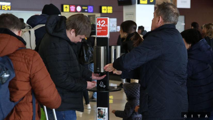 DOPRAVA: Kontrola zdravia cestujúcich na...