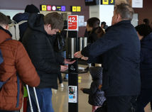 DOPRAVA: Kontrola zdravia cestujúcich na letisko koronavírus prevencia
