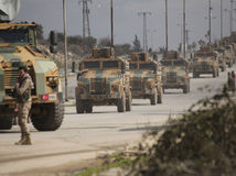NATO vyzvalo Rusko a Sýriu, aby zastavili ofenzívu v Idlibe