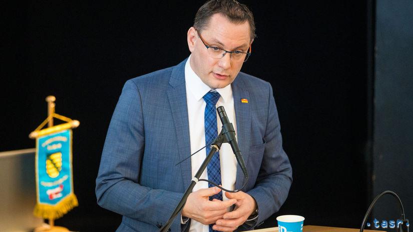 Nemecko AfD  podpálenie   Tino Chrupalla