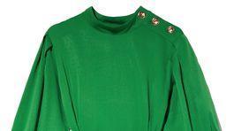Dámske šaty so zapínaním na gombíky. Predáva Reserved za 39,99 eura.