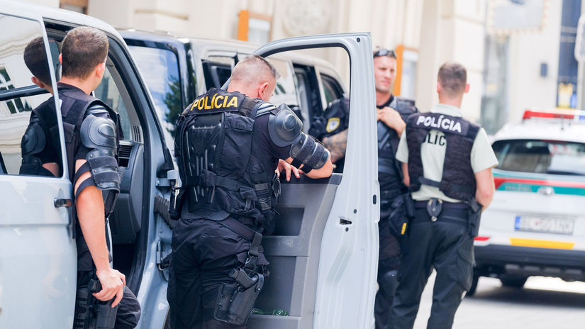 Polícia / Policajt / Policajti /