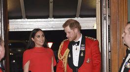 Princ Harry a jeho manželka Meghan, vojvodkyňa zo Sussexu prichádzajú do priestorov Royal Albert Hall v Londýne na Mountbatten Festival of Music.