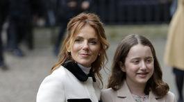Speváčka Geri Halliwell a jej dcéra Bluebell Madonna Halliwell.