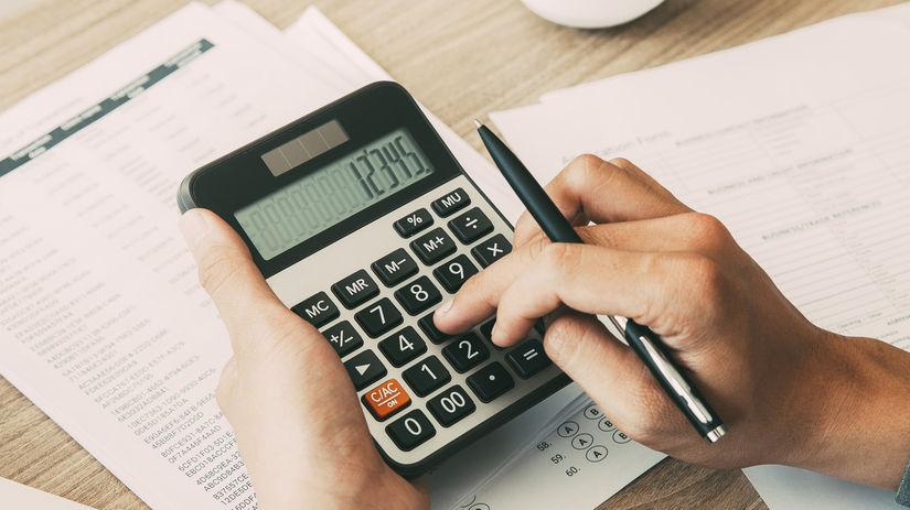kalkulačka, počítanie, papiere