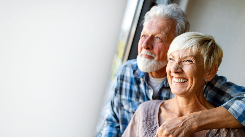 manželia, seniori, dôchodcovia