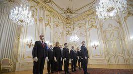 Palác Čaputová Pellegrini vláda demisia  BAX