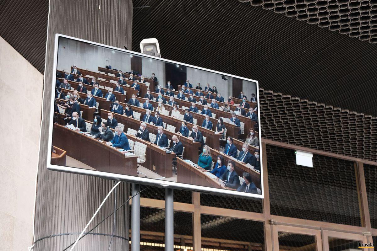 parlament, NR SR, ustanovujúca schôdza