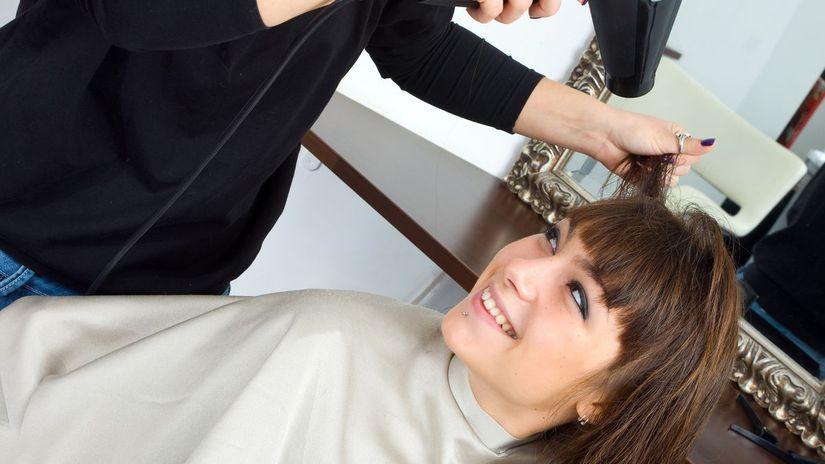 živnostníčka, kaderníčka, účes, vlasy
