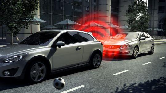 Volvo zvoláva do servisu 700 000 áut! Problémom sú brzdy